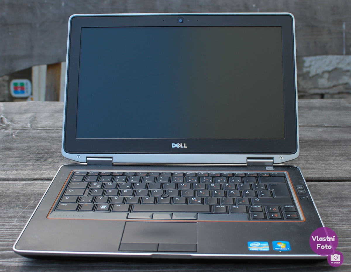 Dell_Latitude_E6320_(1_of_5).jpg