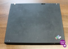 IBM ThinkPad T40 (2)